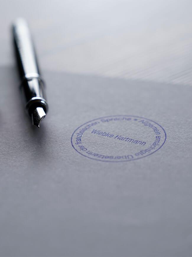 Wiebke Hartmann Übersetzung Stempel und Stift